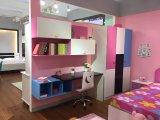 女の子のための光沢のあるの子供の寝室