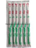 Palillos de bambú disponibles para el sushi japonés