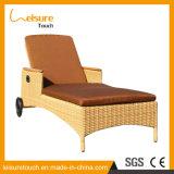 Cadeira de reclinação ao ar livre do Lounger do Rattan da mobília do jardim de vime do pátio