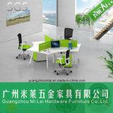 Muebles profesionales ergonómicos del vector del sitio de trabajo del ordenador de oficina de 3 asientos con el pie del metal