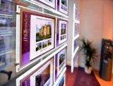 A4 visualizzazioni chiare della finestra dell'agente immobiliare del comitato del ritratto LED