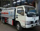 5500 camion de distributeur de ravitaillement de pétrole du camion-citerne aspirateur d'essence de litre 5kl à vendre
