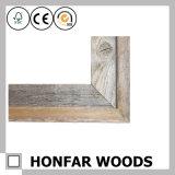 Rustikaler festes Holz-Bilderrahmen, der für Hauptdekoration formt