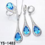 Imitatie Luxe 925 van Juwelen Zilveren die Juwelen met Grote Oceaan Blauwe Zircon. worden geplaatst