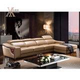 Insieme di cuoio del sofà del salone con il reticolo intagliato di legno (822)