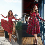 O vermelho verific vestidos retros populares do balanço das mulheres longas da luva