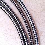 Weiß und Black Woven Patterns Braided Cable