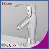 Fyeer流行水セービングの浴室の真鍮の洗面器の水栓