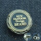 Изготовленный на заказ куртка джинсыов легирующего металла фирменного наименования щелкает кнопки