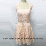 Spitze-Brautjunfer-Kleider mit geöffnetem zurück Knie-Länge Hochzeitsfest-Kleid