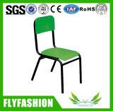 단순한 설계 가구가 대중적인 아이 의자에 의하여 농담을 한다