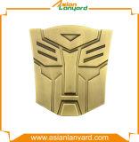 Divisa de la insignia del diseño del cliente 3D con oro del laminado