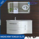 卸し売りPVC壁のLEDミラーが付いている防水浴室用キャビネット