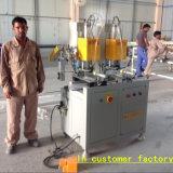 機械を作る二重ヘッド精密な切断PVC Windows