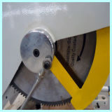 Vinylprofil-Fenster, das Maschine herstellt