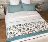 100%の純粋な綿のステッチの綿のキャンバスタオルの刺繍の寝具セット