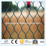 競技場の金網の塀の網