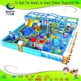 海洋のテーマの球のプールの自動車教習所の柔らかい演劇