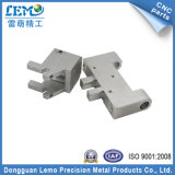 Precision CNC Machine (LM-0505W)著高度のAluminum Auto Parts