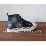 De hoge Hoogste Vlakke Schoenen van de Schoenen van het Canvas