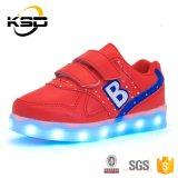 Фабрика Slae СИД Китая освещает вверх ягнится обувь Flahing СИД картины письма ботинок английская светлая