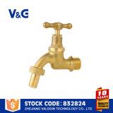 Grifo de cobre amarillo sin plomo del polo (VG-D11091)
