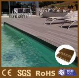 Plancher extérieur en plastique en bois du composé WPC de fournisseur chinois