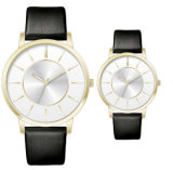 Montres de Women&Men de bande de cuir de cadeau de promotion de montre d'amoureux de couples de modèle simple de la mode Yxl-338 bon marché