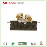 Estatuillas calientes de la familia de gato de la resina de las ventas con la muestra agradable para la decoración del arte de la pared