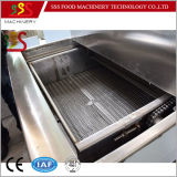 Friteuse de prix usine avec la friteuse continue automatique de système de filtre à huile avec du ce