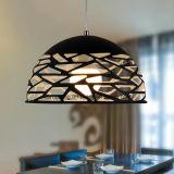China-Zubehör-moderner schwarzer Aluminiumleuchter-hängende Lampe mit Loch