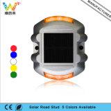 Herradura Diseño amarillo LED de luz intermitente de la energía solar Camino Stud