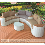 Insieme rotondo mezzo sintetico del sofà del rattan della mobilia del giardino
