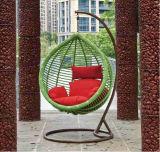 柳細工のハングの椅子