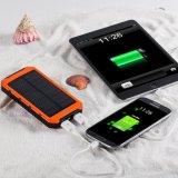 Le côté portatif 10000mAh d'énergie solaire de chargeur solaire conjuguent block d'alimentation électrique de sauvegarde externe de chargeur de batterie d'USB pour des tablettes de l'appareil-photo GPS de portable et d'autres périphériques USB 5V