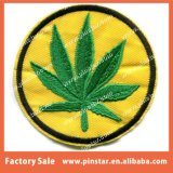 Patch에 최신 Sale Retro Style Embroidery Badge Green Pot Leaf Custom Design Iron