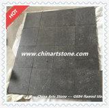 中国は外の床のための黒い灰色の花こう岩のタイルを炎にあてた