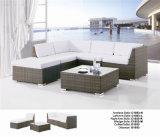 Insieme di vimini del sofà del rattan a forma di L d'angolo moderno del balcone