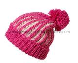 熱い販売の冬の暖かい編まれた帽子の頭骨の帽子か帽子