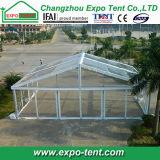 Grande barraca transparente ao ar livre do casamento do partido