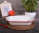 Assortiment de vaisselle en émail / plat de fruits
