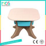 Plastik scherzt Tisch und Stühle (HBS17076A)