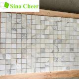 Italien-weißes Marmormosaik, quadratische Calacatta Goldmarmor-Mosaik-Fliesen