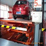 O equipamento de levantamento hidráulico Scissor o elevador do carro