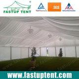 De dubbele Tent van het Festival van de Top van het Dak Piek met de Tank van het Water