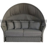 Mtc-206 Outdoor Furniture Sofa Daybed avec Parasol / Umbrella / Canopy Rattan Lounge