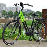 700c中間の運転都市電気バイクの電気自転車Ebike