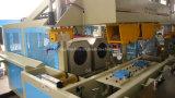 Máquina de encaixe automática de tubos de plástico / máquina de arrumação