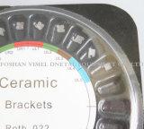 Ranura blanca de cerámica ortodóntica dental Roth de los corchetes 0.022 ganchos de leva
