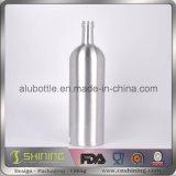Алюминиевая пустая бутылка автотракторного масла двигателя